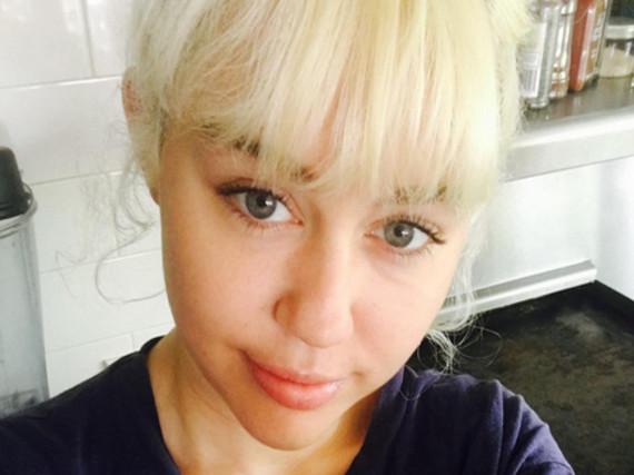 Miley Cyrus hat sich mal wieder ein Tattoo stechen lassen