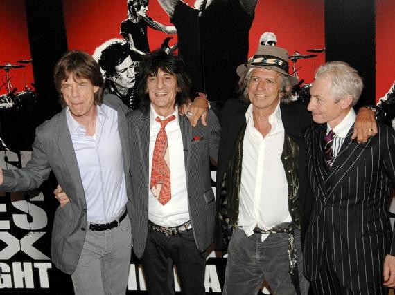 Die Rolling-Stones-Mitglieder v.l.n.r.: Frontmann Mick Jagger, die Gitarristen Ron Wood und Keith Richards sowie Schlagzeuger Charlie Watts