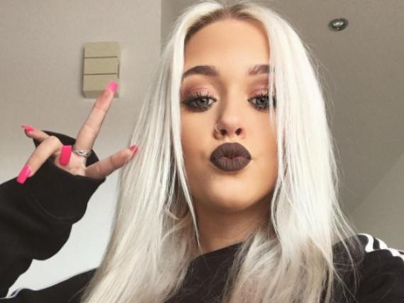 Ist die 17-jährige Lottie Tomlinson das neue It-Girl der britischen Modeszene?