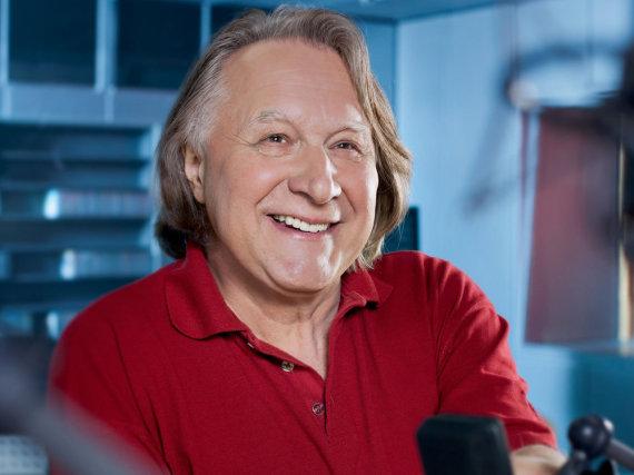 Seit 1997 kommentiert Peter Urban den Eurovision Song Contest im deutschen Fernsehen