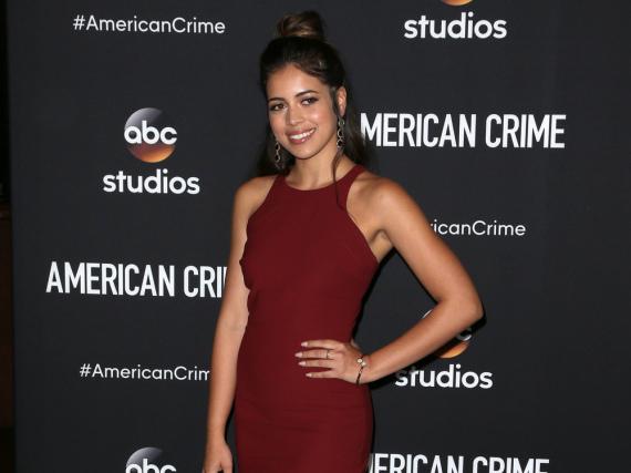 Angélica Rivera verzauberte in einem dunkelroten Kleid
