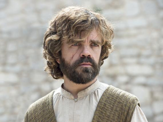 Tyrion Lennisters (Peter Dinklage) Miene ist zwar ernst, in letzter Zeit sollte er aber für Lacher sorgen