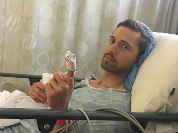 Eric Winter befindet sich derzeit in einer Klinik