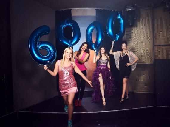 Valentina Pahde, Janina Uhse, Anne Menden und Linda Marlen Runge (v.l.) feiern die 6.000 Folge von