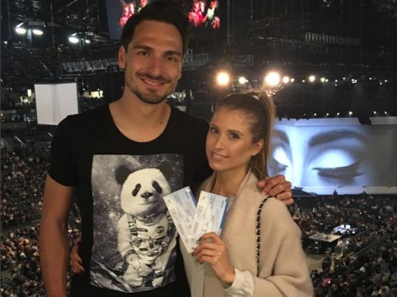 Waren gemeinsam auf dem Adele-Konzert: Mats Hummels mit Ehefrau Cathy