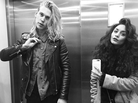 Vanessa Hudgens im haarigen Partnerlook mit ihrem Freund Austin Butler