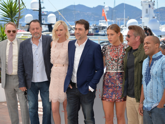 Jared Harris (v.l.n.r.), Jean Reno, Charlize Theron, Javier Bardem, Adele Exarchopoulos, Sean Penn und Zubin Cooper in Cannes