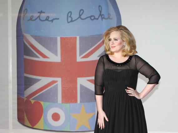 Keiner anderer Künstler ist in Großbritannien erfolgreicher als Adele