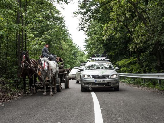 Pferdegespanne gehören in Rumänien zum alltäglichen Straßenbild