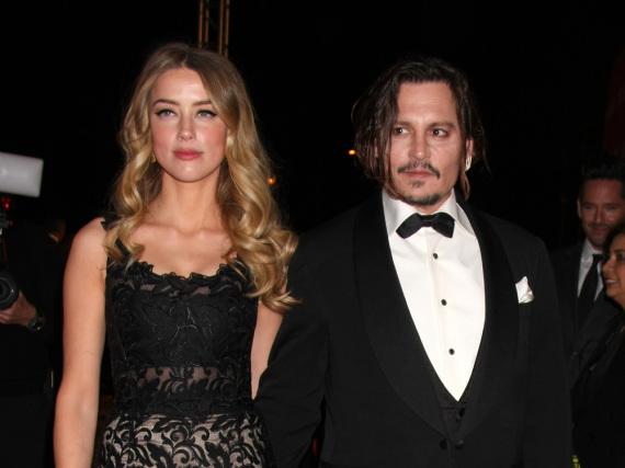 Erpresst Amber Heard Johnny Depp? Ein Freund des Schauspielers behauptet genau das