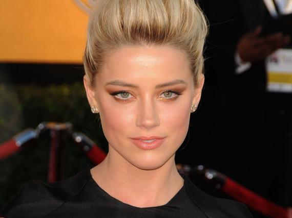 Wurde Amber Heard von Johnny Depp misshandelt oder versuchte sie, ihn zu erpressen?