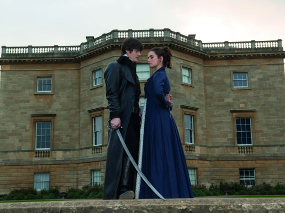 Angriffslustig: Mr. Darcy (Sam Riley) und Elizabeth Bennet (Lily James)