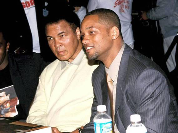 Box-Legende Muhammad Ali (l.) und Ali-Darsteller Will Smith bei der Präsentation des Biopics