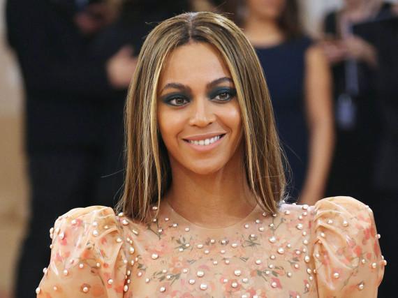 Beyoncé kann nicht nur singen, sondern - oh, Wunder - auch niesen