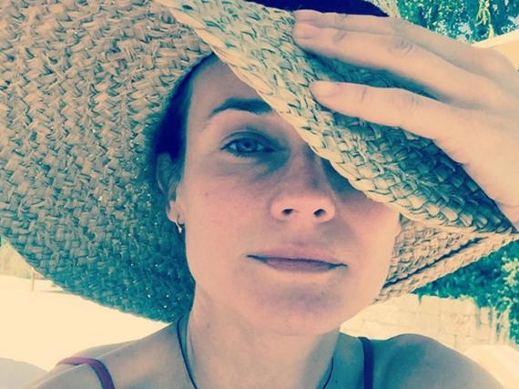 Diane Kruger entspannt nach der Arbeit in der Sonne