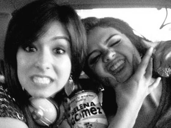 Selena Gomez teilte dieses schöne und zugleich traurige Bild von sich und Christina Grimmie