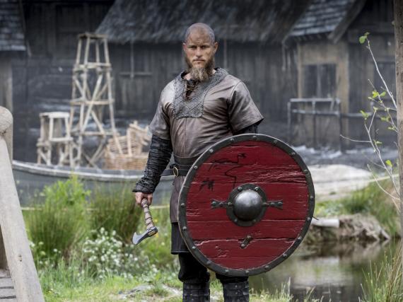 Travis Fimmel spielt Ragnar Lothbrok