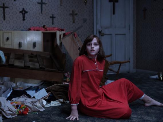Das Mädchen Janet Hodgson (Madison Wolfe) ist das Opfer düsterer Mächte