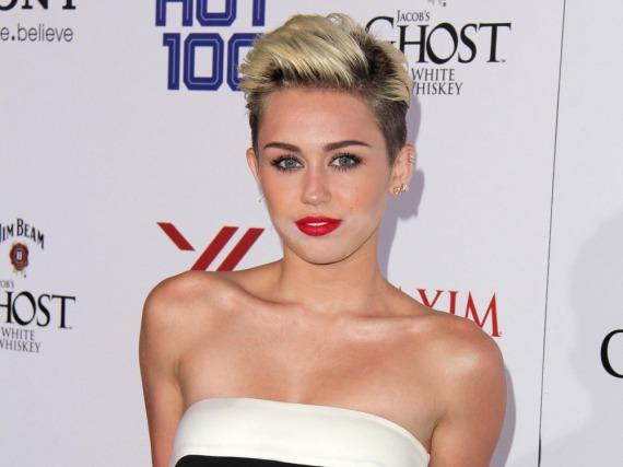 Mit ihrer Stiftung möchte Miley Cyrus homosexuelle muslimische Jugendliche unterstützen