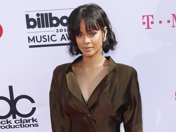 Bei ihrem Konzert in Dublin wurde Rihanna ganz emotional