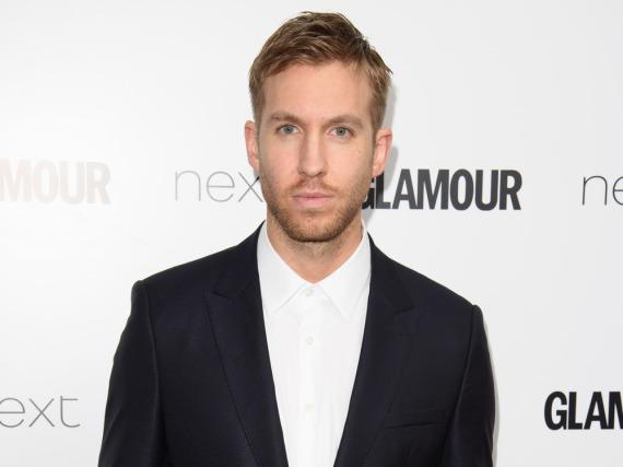 Calvin Harris und das italienische Modehaus Armani haben ihre Zusammenarbeit beendet