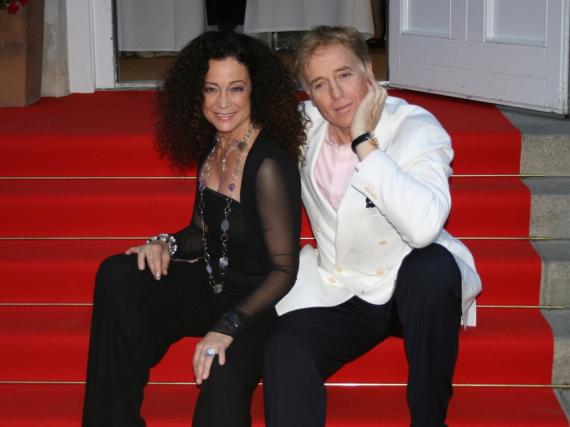 Schauspieler-Ehepaar Barbara Wussow und Albert Fortell beim UFA Empfang am Montag