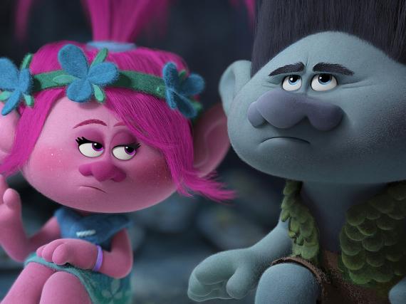 Die Troll-Prinzessin Poppy (li.) und Branch müssen im Film