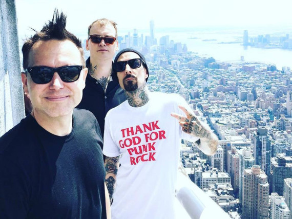 Blink 182 auf dem Empire State Building in New York