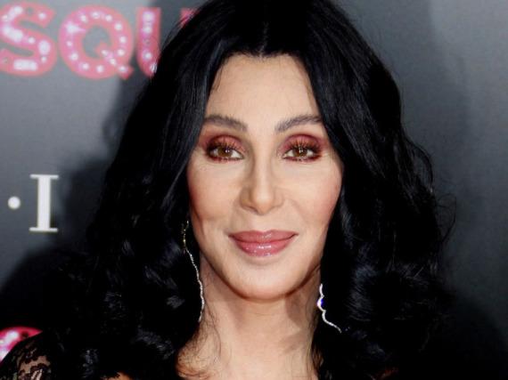 Cher muss ihr reumütiges Gesicht aufsetzen