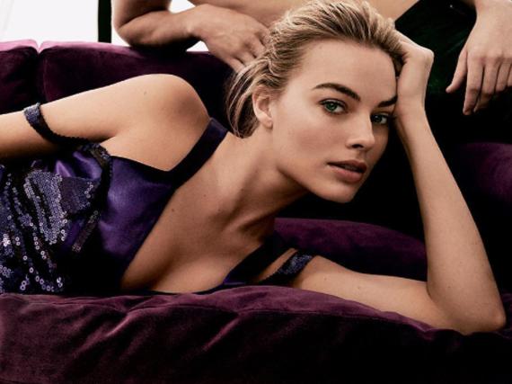 Margot Robbie macht Werbung für Calvin Klein
