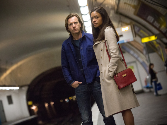 Ewan McGregor und Naomie Harris in