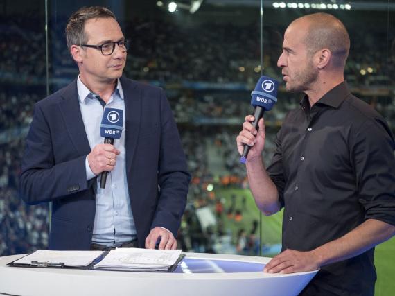 Fußballexperte Mehmet Scholl im Gespräch mit Matthias
