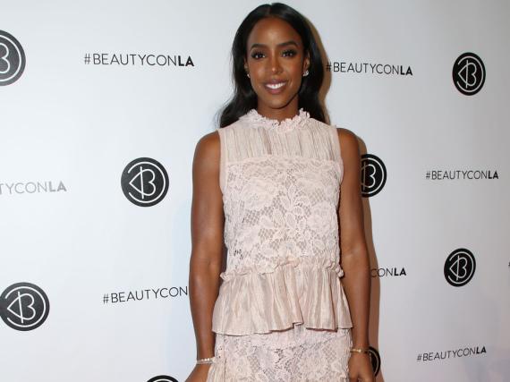Kelly Rowland setzte bei der Beautycon ihre durchtrainierte Figur gut in in Szene