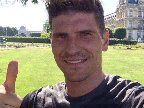 Mario Gomez kommt heute unter die Haube.