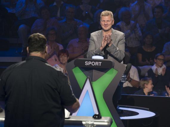 Sport-Experte Stefan Effenberg im Duell mit Kandidat Jürgen Stelter