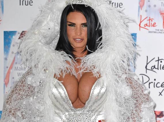 Katie Price hat ihre Brüste schon immer gerne in Szene gesetzt