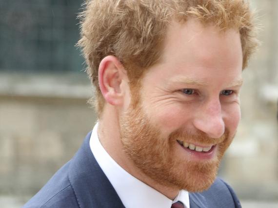 Prinz Harry hätte im Nachhinein lieber über den Tod seiner Mutter gesprochen