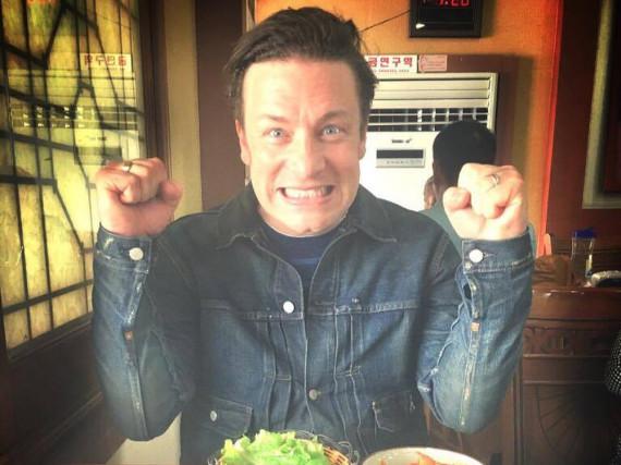 Jamie Oliver fordert dazu auf, viele verschiedene Zutaten zu gebrauchen