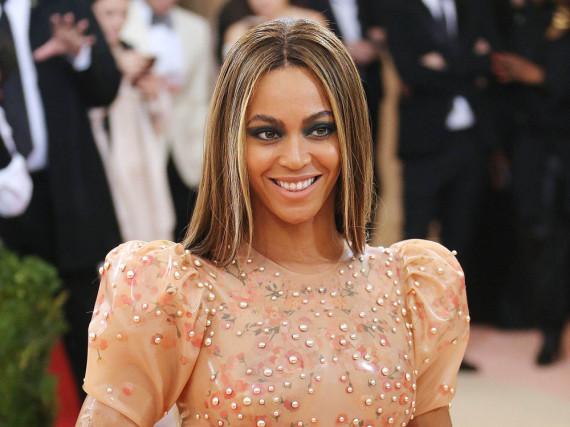 Beyoncé könnte rekordverdächtige elf MTV Video Music Awards mit nach Hause nehmen