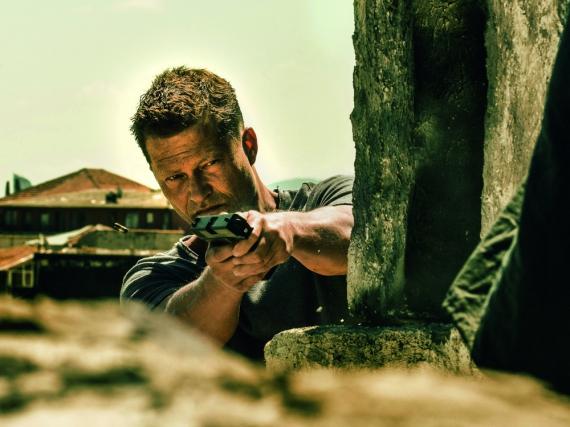 Til Schweiger findet trotz massiven Schusswaffeneinsatzes kaum Zuschauer für seinen Film