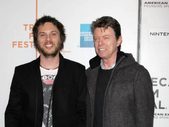 Duncan Jones (l.) und David Bowie im Jahr 2009