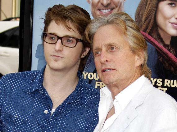 Cameron und Michael Douglas im Jahr 2009 auf einer Filmpremiere in Los Angeles