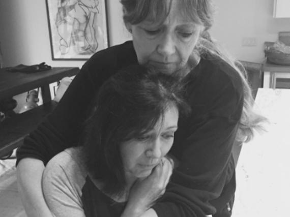 Um anderen Mut zu machen, dokumentiert Shannen Doherty den Kampf gegen den Krebs auf Instagram: Hier ist sie mit ihrer Mutter zu sehen