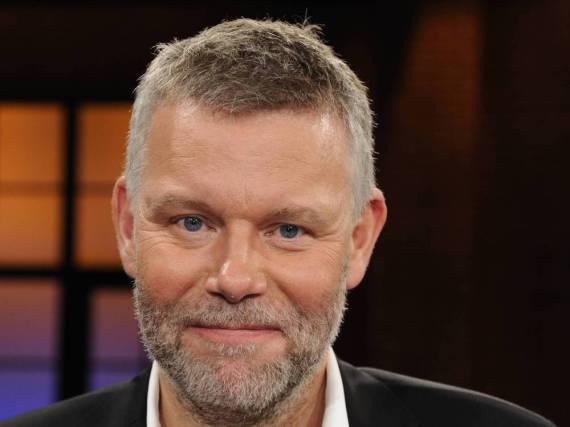 Arne Dahl schreibt lieber über Kriminalfälle, als diese selbst aufzuklären