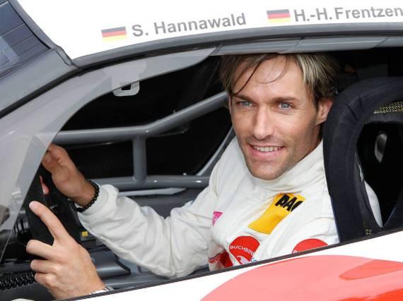 Als Rennfahrer kann Sven Hannawald natürlich gute Tipps für alle Autofahrer an den Mann bringen