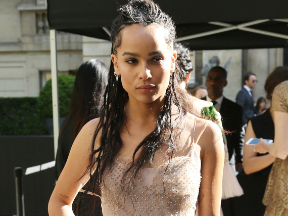 Zoe Kravitz bei der Valentino Haute Couture Show auf der Paris Fashion Week