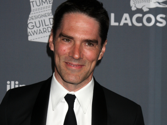 Thomas Gibson hat Ärger am