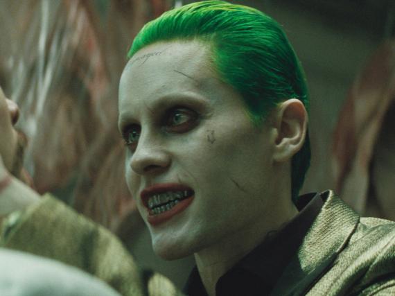 Kaum wiederzuerkennen: Jared Leto als Joker