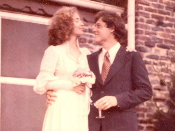 Als die 70er noch ein junges Jahrzehnt waren: Hillary und Bill Clinton am Tag ihrer Hochzeit