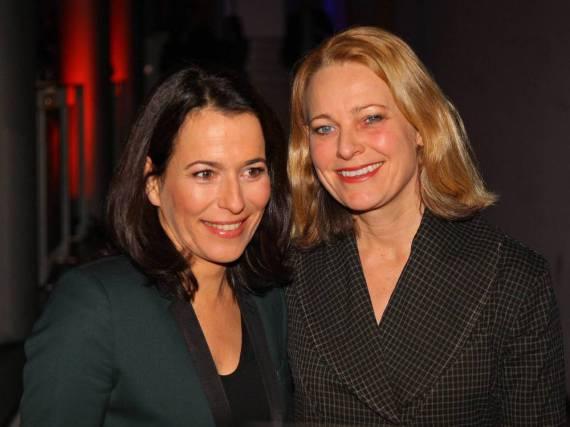 Anne Will (l.) und Miriam Meckel haben geheiratet